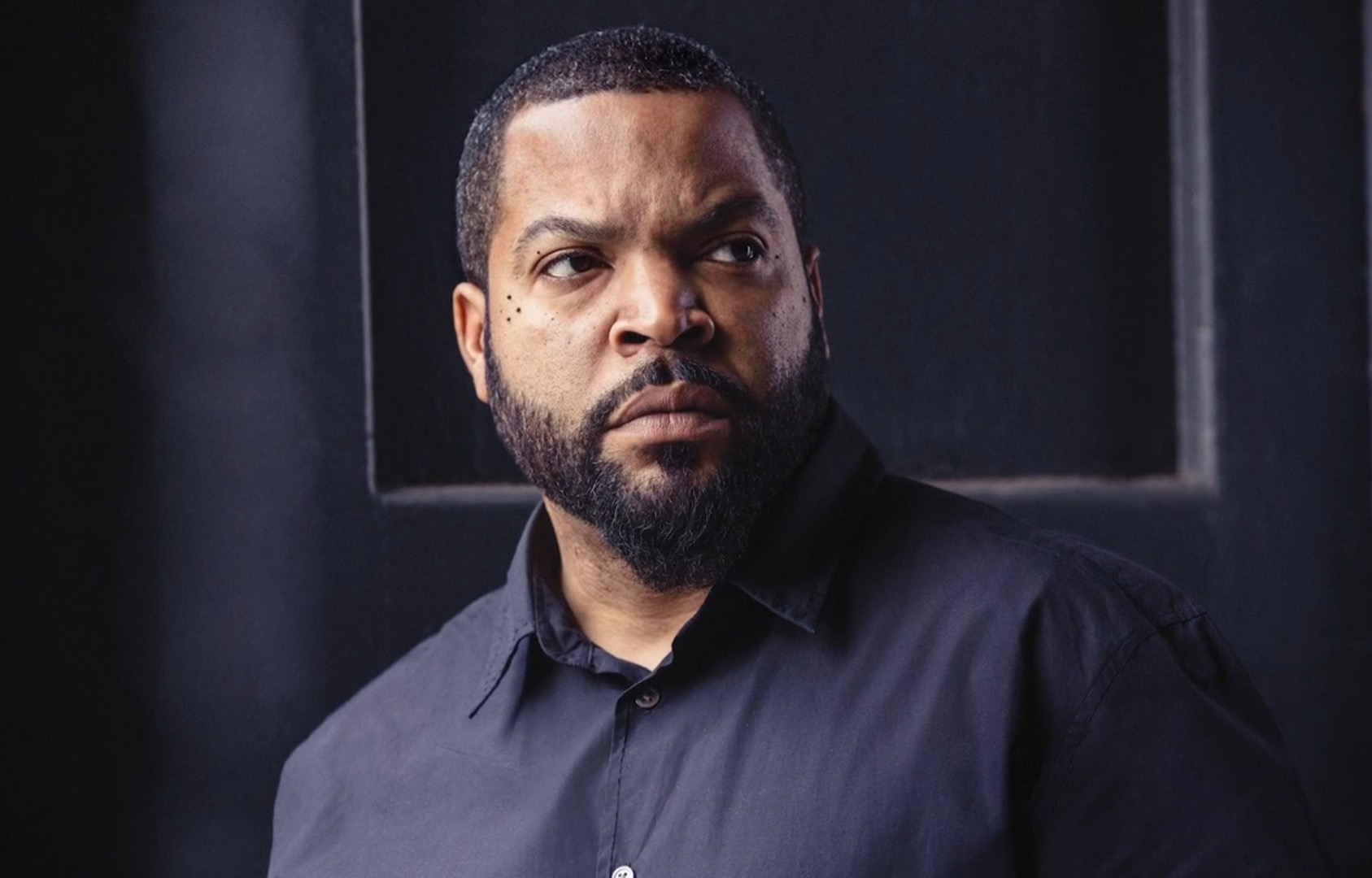 ice cube featured on thr 39 s producer roundtable ice cube. Black Bedroom Furniture Sets. Home Design Ideas